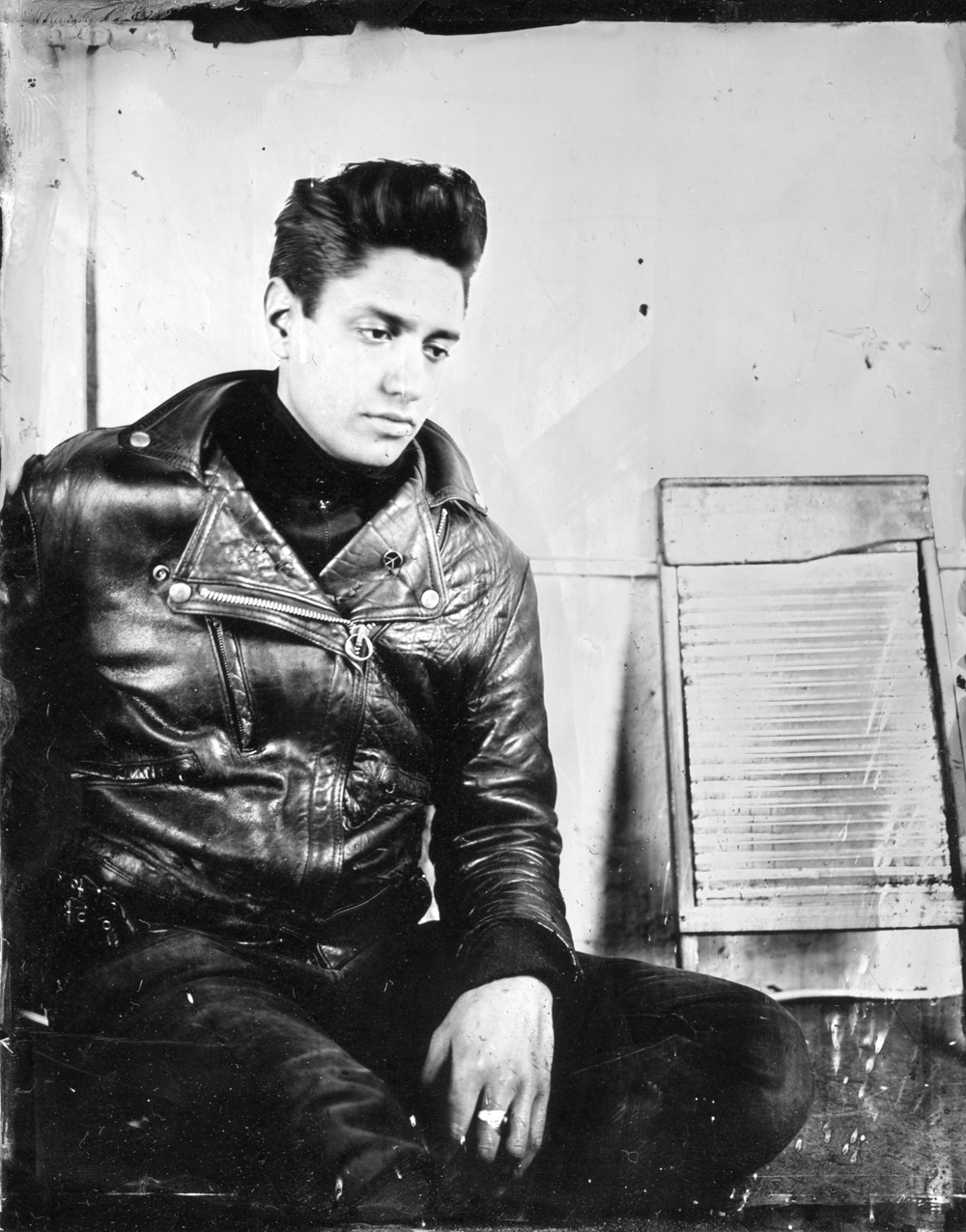 Leo Lewis from EXTENDED GAZE
